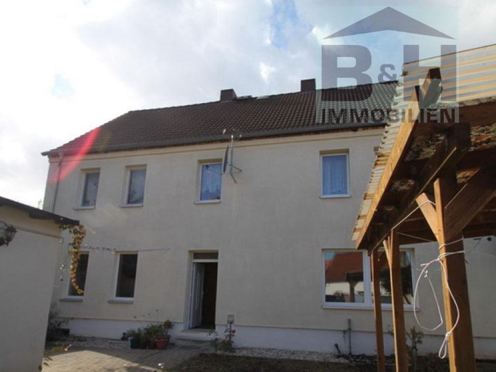 Mehrfamilienhaus in Sandersdorf